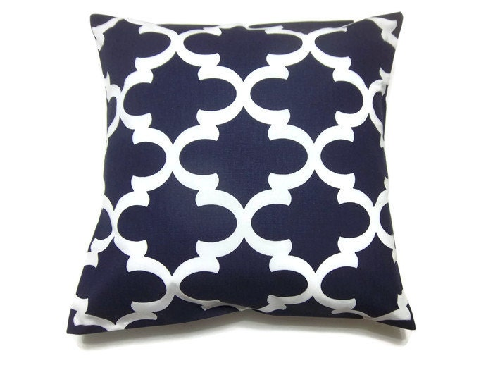 Throw Pillows Navy And White : Decorative Pillow Cover Navy White Damask Design Throw Toss