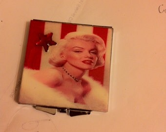Retro Marilyn Monroe Red Hot Square Mirror Compact