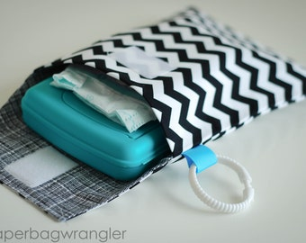 SALE Black Chevron - Diaper and Wipes Stroller Organizer - Link Loop Diaper Bag