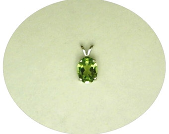 9x7mm Green Peridot Gemstone in 925 Sterling Silver Pendant Necklace