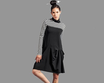 Black White Stripes Avant Garde Drapes Turtle Neck Knit Dress