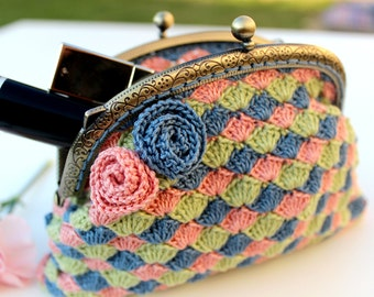 bag/Make-up bag/Make-up pouch/Retro style purse/Crocheted accessories ...