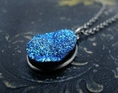druzy necklace, druzy pendant, pendant necklace, gift for her, gift for teen, titanium druzy, blue titanium druzy, blue druzy, druzy quartz