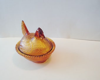 Home&Living - Amber Glass - Hen on a Nest- Kitchen Decor - Candy Dish - Vintage Hen on a Nest -Indiana Glass Co