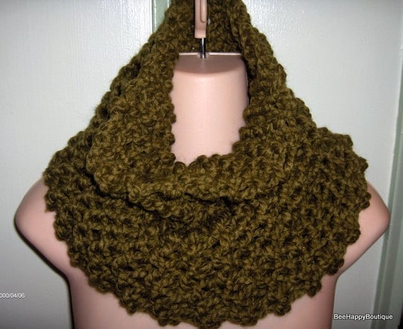 Knitting Pattern For Claire s Cowl : Knit Cowl Scarf PATTERN Outlander Claire Cowl Outlander