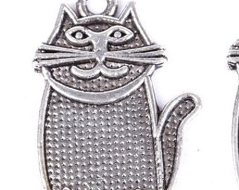 cat  kitty charm   silver quantity 2  measures  28x19mm   jewelry findings supplies pendant DRW425