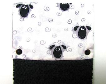 Towel, Hanging towel, Hand towel, Kitchen towel, bathroom towel, oven, snap on towel, guest towel, camper,100% cotton, Adorable sheepy faces