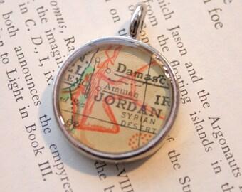 Jordan Map Pendant, Map Charm in small shiny silver setting