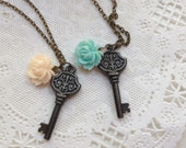 Black key resin flower charm necklace