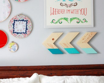 Three Wooden Color Dipped Ombre Arrow Chevron Wall Art Home Decor