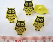 25 pcs of Cute Yellow Owl Button