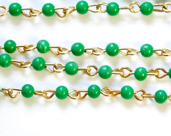 Vintage Jade Green Plastic Beaded Chain Coppery Gold Links Japan chn020K