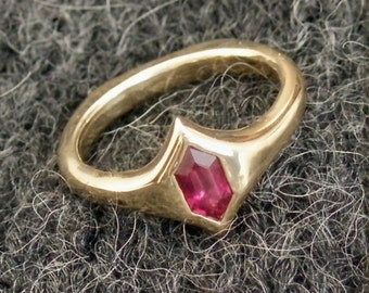 The Ice Ring - Synthetic Ruby