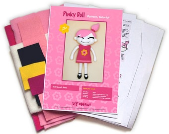 Pinky Doll sewing kit