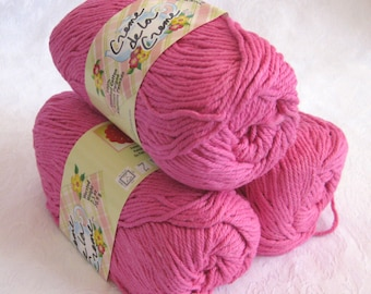 Creme de la Creme Bright Pink Cotton Yarn, FUCHSIA, 100% cotton yarn, fuschia