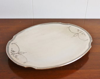 Vintage footed silver plated oval serving or jewelry tray