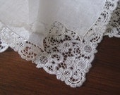 Antique Fine Linen White Ivory Intricate Lace Wedding Bridal Hanky - MINT Condition