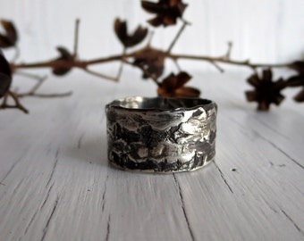 Rustic Men's Wedding Band, Birch Bark, Ring Band, Sterling Silver, Handmade, Oxidized Silver C&S