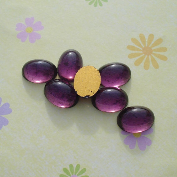 Vintage 14x10mm Amethyst Purple Gold Foiled Flat Back Oval Glass Cabs or Stones (6 pieces)