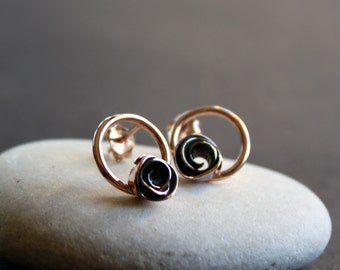 8k Solid Rose Gold Studs Reflection - A Rose in a Circle Earrings