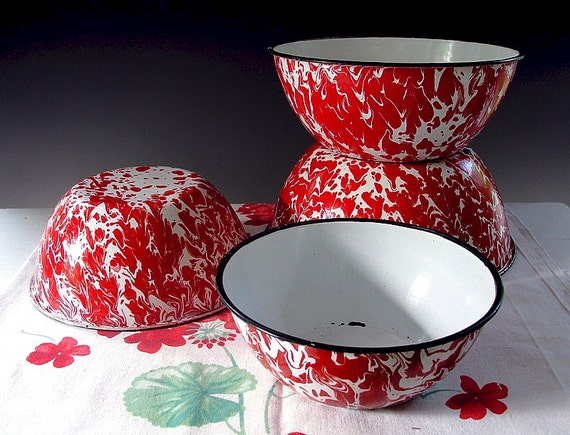 Vintage Enamelware Mixing Bowls Red and White Swirl Graniteware Nesting Set