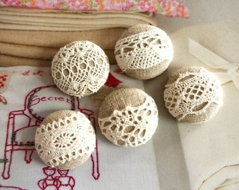 Fabric Buttons, Small Beige Cream Floral Flower Lace Covered Fabric Buttons, Retro Wedding Floral Fridge Magnets, 1.1 Inches 5's