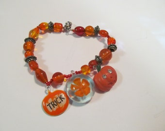 beaded haloween bracelet