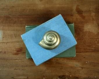 vintage 80s Nautical Seashell Shell Brass Trinket Box Jewelry Box