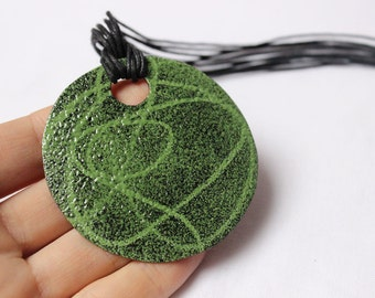 Stencil greeny Pendant  made of Green and black enamels, Sterling silver and copper, pendant round or square