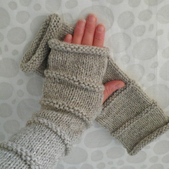 Knit Fingerless Gloves Pattern Straight Needles : KNITTING PATTERN/OSLO Fingerless Gloves Easy Knit Glove/ Simple Straight Knit...