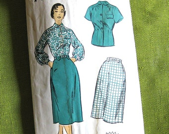 Vintage Sewing Pattern - Blouse and Skirt with Tab Belt Loops - New York Pattern 1230