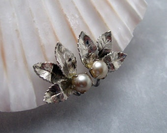 Vintage Sterling Earrings Pearl Leaf Jewelry E5805