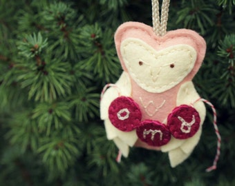 Owl Ornament Personalized with Initials or Date for Baby Girl 1st Xmas, Plush Felt Christmas Ornament in Blush, Woodland Christmas Decor