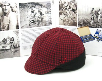Clearance Sale: Red Hunting Winter Cycling Cap