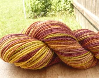 Handspun Yarn Sock Yarn 'Fresh Mango' bond wool 300 yds.