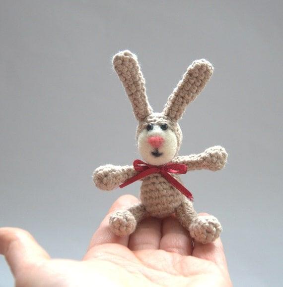 Amigurumi Rabbit Face : Crochet Easter bunny rabbit with felt face beige by astashtoys
