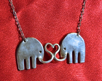 Fork Love Elephants necklace soulmates