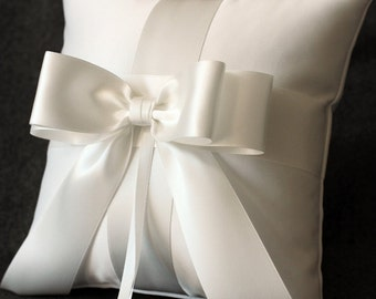 High Society Collection - Audrey Ring Bearer Pillow - White On Off White