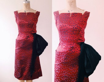 vintage silk dress / vintage party dress / Hypnotic red dress