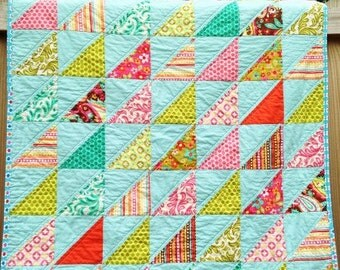 SALe Crib Size Quilt, Southeast Triangles, Sweet Nothings, turquoise pink green, Girl, natural ingredients, READY TO SHIP