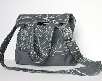 Kara Tote PDF Sewing Pattern.  Instant Download. Travel Bag. Purse. DIY.
