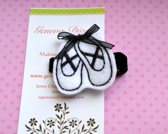 Ballet Shoes....Embroidered Felt Hairclip in Black