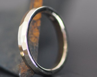 simple hammered ring band in solid 14k gold, wedding ring, forged ring band, organic gold ring, unisex gold band
