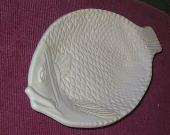 retro McCoy Pottery oven proof Fish Platter ice blue on white with tail handle casserole plate