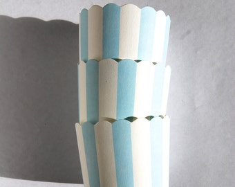 Scallop Baking Cups in Light Blue Stripes (12)