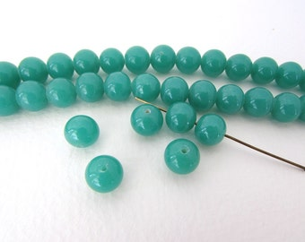Vintage Japanese Beads Jade Green Glass Rounds 9mm vgb0745 (8)