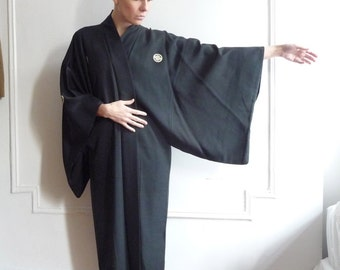 Black Silk Mofuku Kimono