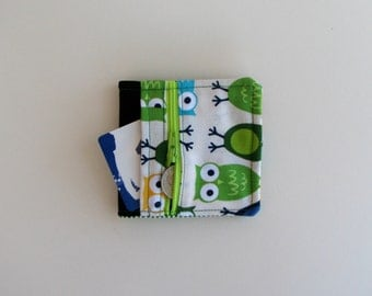 Children's wallet owl design - fabric wallet with owl print - gifts under 25, stocking stuffer - zippered coin section - billfold