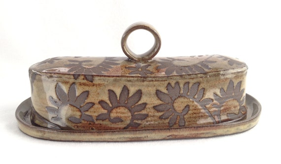 Botanical Vines Butter Dish with a Handle