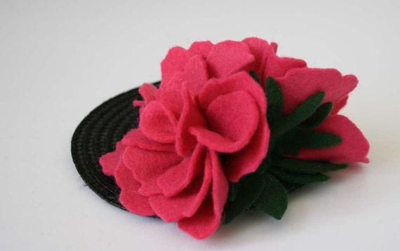Pink flowers fascinator - Vintage felt hair Accessory - felt hair accessory - unusual hair flower - vintage wedding - wedding fascinator